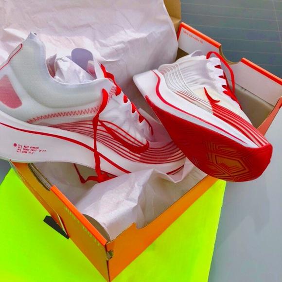 "the latest 4bda3 f1413 Unisex ""Nike Zoom Fly SP"" Running Shoes. M 5af748953afbbd249f8a17cf"